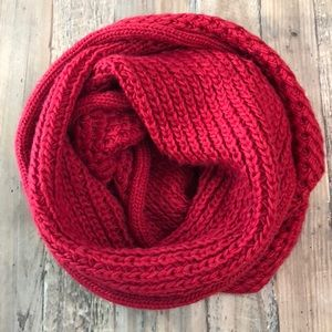 Accessories - Red Chucky Knit infinity Scarf